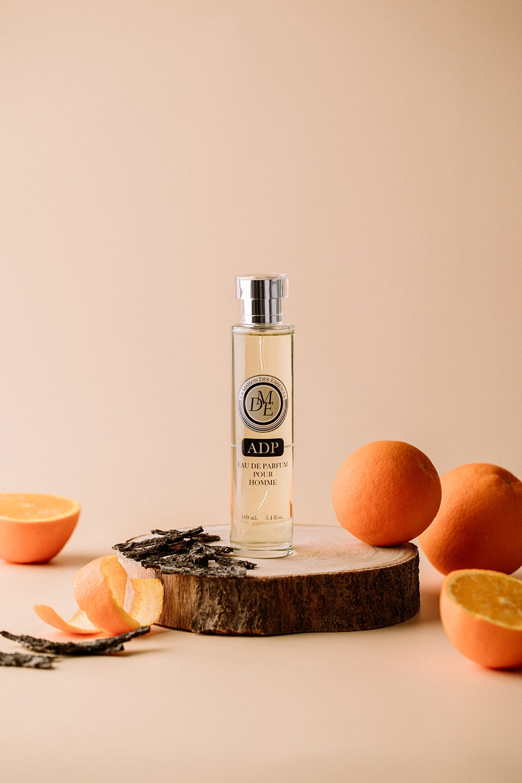 perfume naranja madera